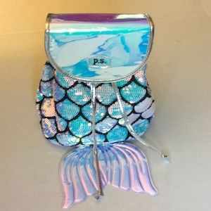 Mermaid looking back pack